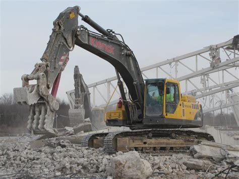 midwest demolition excavation machine building