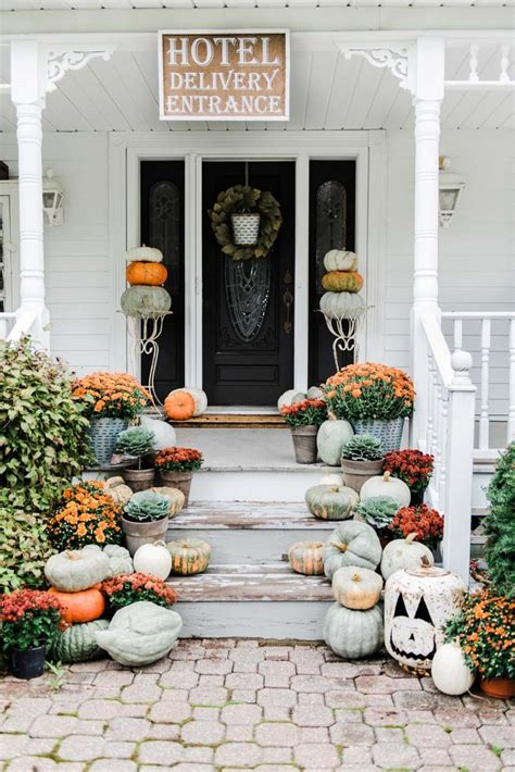 50+ Absolutely Gorgeous Farmhouse Fall Decorating Ideas