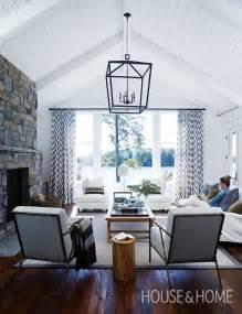 cottage livingroom best 25 cottage living rooms ideas on country cottage living cottage living and