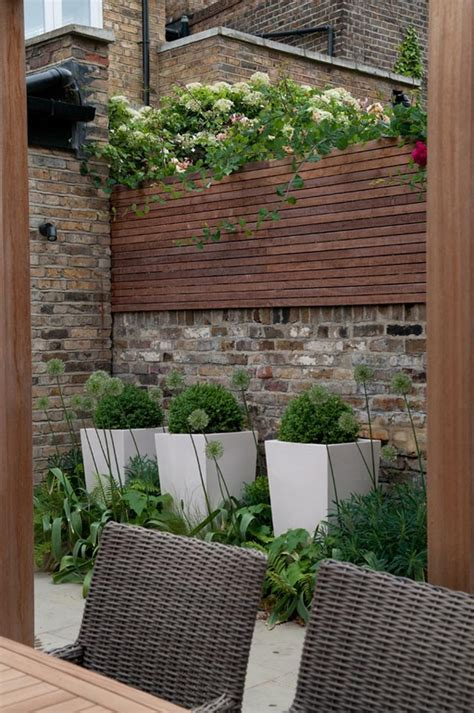 Charming Urban Garden Ideas Interiorholiccom
