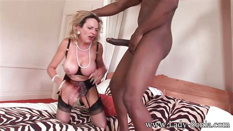 Mature Cutie Lady Sonia In Interracial Fetish Scene In