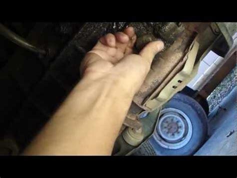 como cambiar el aceite de la transmision manual