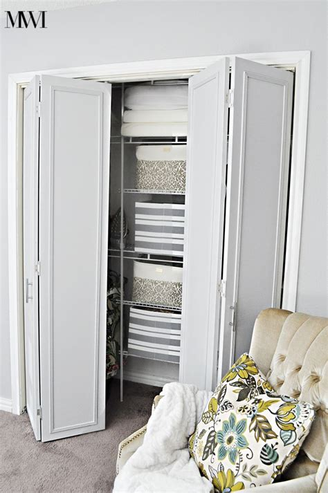 how to update 1970 s bi fold closet doors wants it - Closet Doors