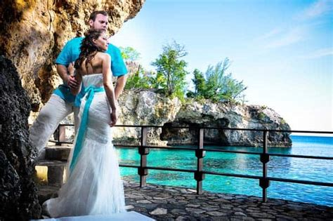 Guide To Getting Married In Jamaica