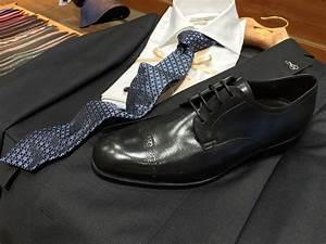 Blauer Anzug Schuhe : die richtigen schuhfarben zum businessanzug stilstrategie ~ Frokenaadalensverden.com Haus und Dekorationen