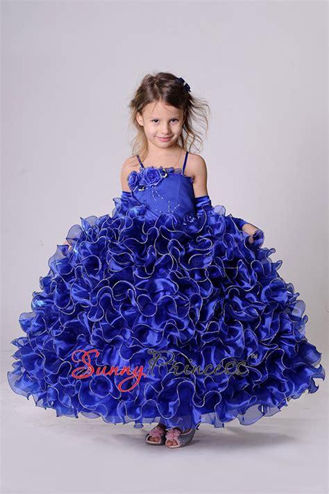 Вечерние платья купить в Москве в интернетмагазине недорогих платьев Мадонна