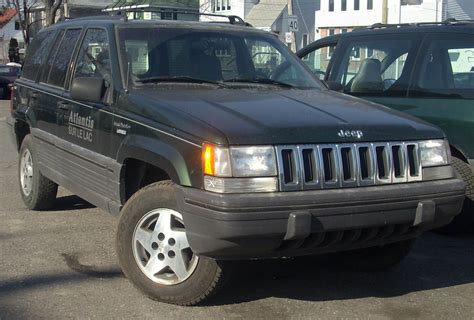 jeep grand cherokee laredo jeep grand cherokee laredo 4x4 photos and comments www