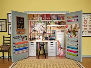 10 Amazing Sewing Room Ideas
