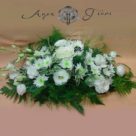 immagini di fiori bianchi centrotavola di fiori bianchi