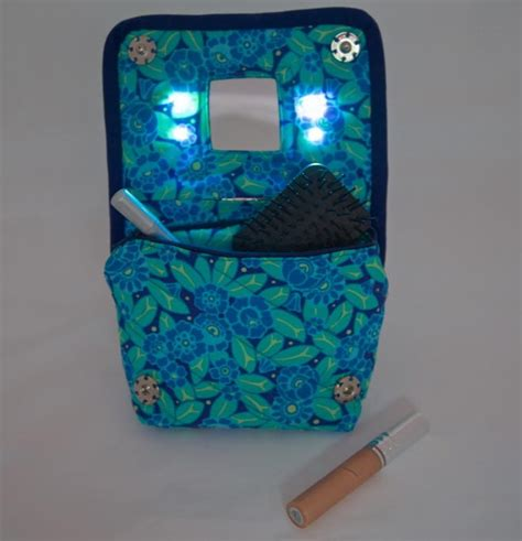 purse lights up inside light up diy cosmetics bag allfreesewing com