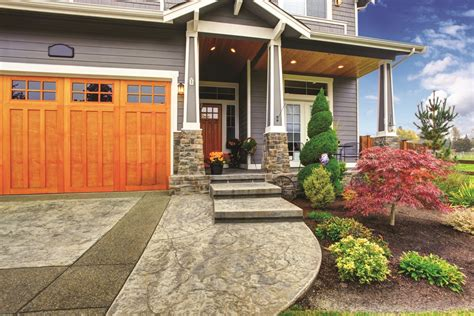 Increase A Home's Curb Appeal With These Outdoor