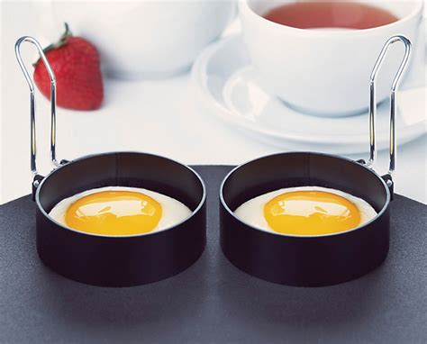 amco  nonstick egg rings  pack cutlery