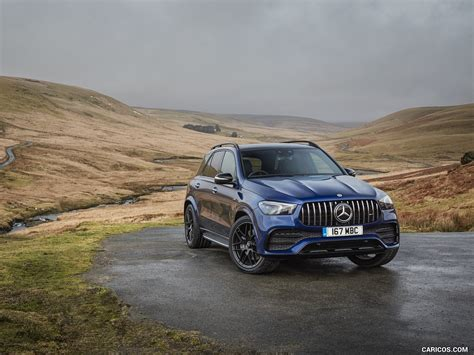 We might be nitpicking, but at this price level, we really think keyless go, heated front seats, metallic paint and the. 2020 Mercedes-AMG GLE 53 (UK-Spec) - Front Three-Quarter   HD Wallpaper #25   2560x1440