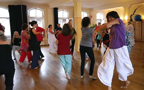What is a Biodanza session like? | Biodanza with Naveen