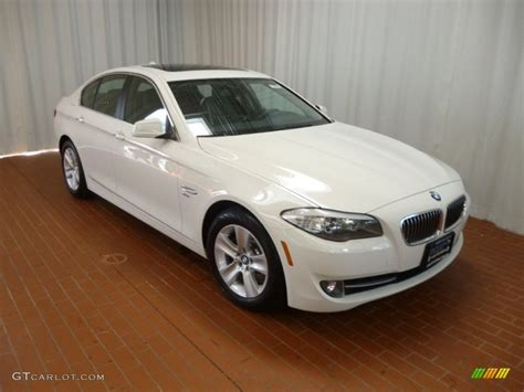 Bmw 5 Series Sedan Photo by Alpine White 2012 Bmw 5 Series 528i Xdrive Sedan Exterior