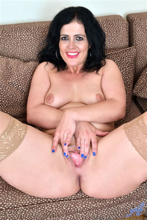 Plump Mature Mom Spreads Legs For Hot Upskirt And Strips To