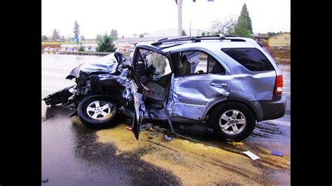 Russia Car Crash Accidents Compilation 2013. (part 4