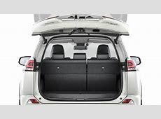 Dimensions Toyota RAV4 2016, coffre et intérieur