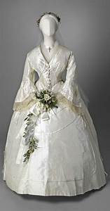 311 best images about 186039s clothing civil war era on for Civil war style wedding dresses