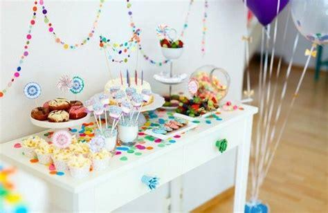 kindergeburtstag zuhause feiern ideen kindergeburtstag feiern kreative deko konzepte f 252 r eine tolle atmosph 228 re bei ihrer n 228 chsten