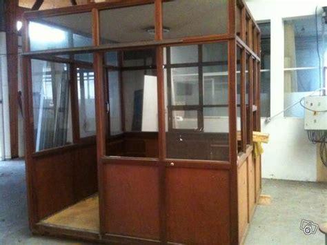 bureau d atelier bureau d 39 atelier en bois avec 4 façades en verre occasion