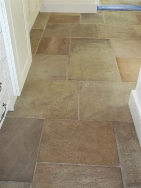 sandstone kitchen floor tiles sandstone tile cleaning in beyton suffolk tile doctor 5069