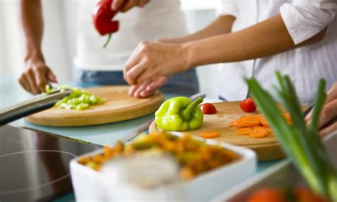 cuisine and cook six must knows before your date cooking class