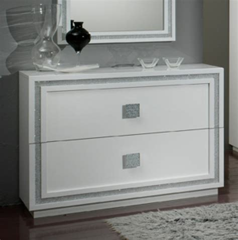 commode chambre blanc laqué commode 2 tiroirs krystel laque blanc