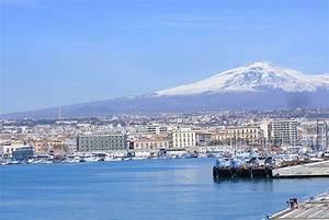 Location Voiture Catane Sicile : location voiture catane visitez catane avec ~ Medecine-chirurgie-esthetiques.com Avis de Voitures