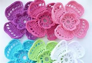 4 Petal Flower Crochet Pattern  U22c6 Crochet Kingdom