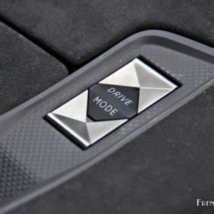 Ds Sensorial Drive : essai ds 7 crossback le chic sans le choc french driver ~ Maxctalentgroup.com Avis de Voitures