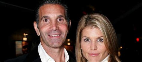 Lori Loughlin and Mossimo Giannulli's Family Album With ...