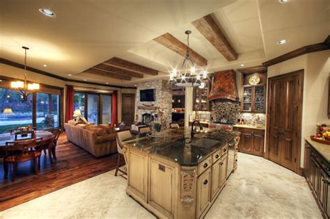 Amundsen Kitchen Hearth Room   Traditional   Kitchen