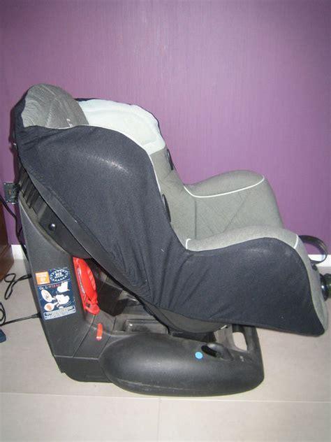 housse siege auto bebe confort siège auto quot léo quot bébé confort dans mon grenier il y a