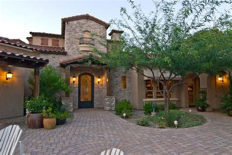 tuscan style landscaping 17 best images about landscape ideas on pinterest front courtyard agaves and front yard