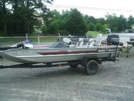 Boats For Sale In Senecaville Ohio by 1989 Bass Tracker Boats For Sale