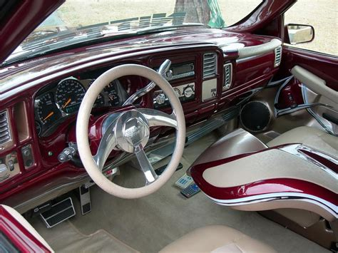 chevrolet silverado custom pickup