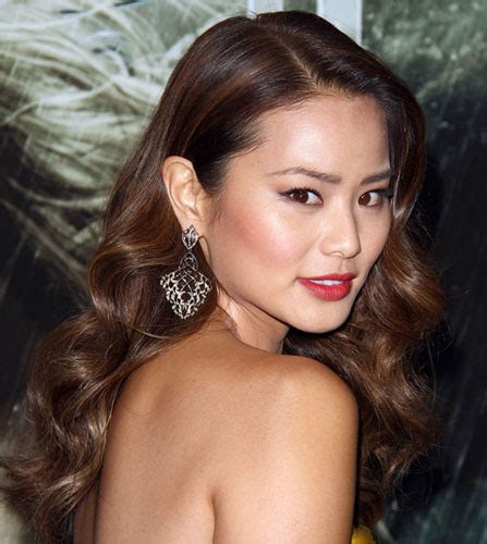 asian actress in deadpool 2 look we love jamie chung s sexy loose waves red carpet