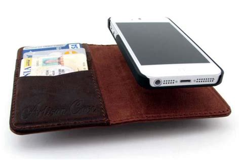 iphone 5s wallet the handmade leather wallet iphone 5s gadgetsin