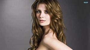Mischa Barton Wallpapers High Resolution and Quality Download