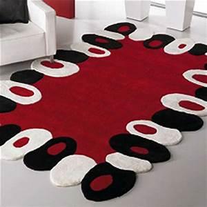 Tapis Noir Et Rouge : tapis rouge et noir id es de d coration int rieure french decor ~ Dallasstarsshop.com Idées de Décoration