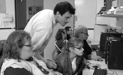 educateur technique spécialisé cuisine equipe du service éducatif du centre les êts à