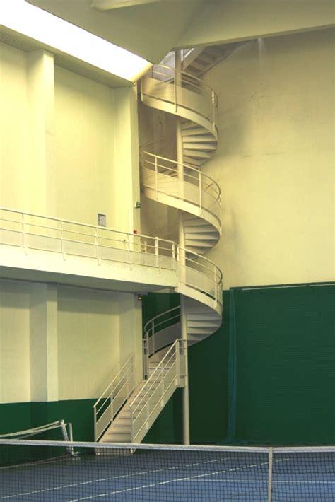 escalier de secours h 233 lico 239 dal droit ehi escalier