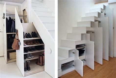 placard chaussure sous escalier
