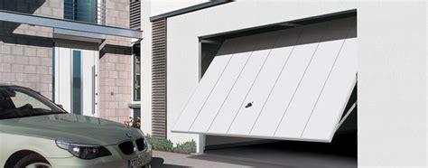 porte basculanti per box auto prezzi porte basculanti porte interne porte basculanti per la