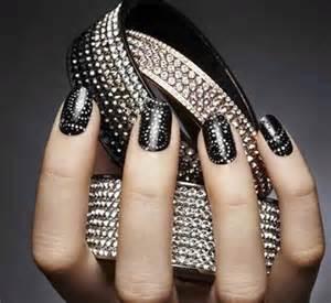 Image of black and silver nail art