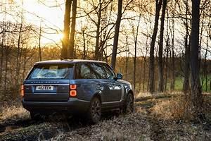 Range Rover Hybride 2018 : essai range rover p400e notre avis sur le range hybride rechargeable photo 25 l 39 argus ~ Medecine-chirurgie-esthetiques.com Avis de Voitures