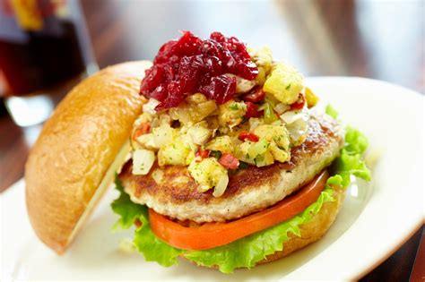 thanksgiving burger wahlburgers burgers google turkey recipes holiday paul hamburger sandwich walburgers trend latest johnson credit food huffingtonpost