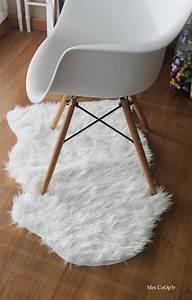 Tapis Fourrure Ikea : tapis imitation peau de mouton ikea mon chez moi ~ Teatrodelosmanantiales.com Idées de Décoration