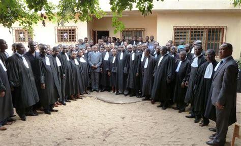 chambre nationale huissiers inauguration de la maison de l huissier de justice à lomé